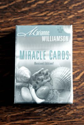 Miracle Cards av Marianne Williamson