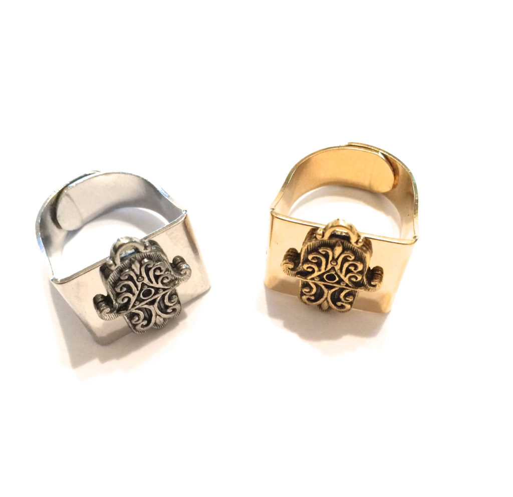 Hamsa Ring