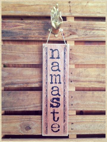 Handtryckt Hampatavla Namaste