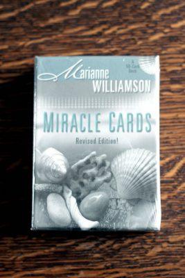 Miracle Cards av Marianne Williamson