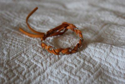 Handflätat Armband från Thailand